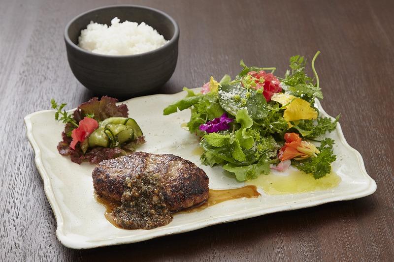 宍粟牛 ハンバーグステーキ(約160g)¥1,780